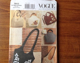 Paper sewing pattern, Vogue 7812 bags