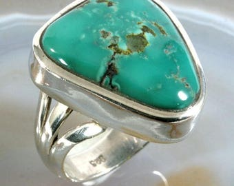 Turquoise and 925 Sterling Silver Ring  --  6292