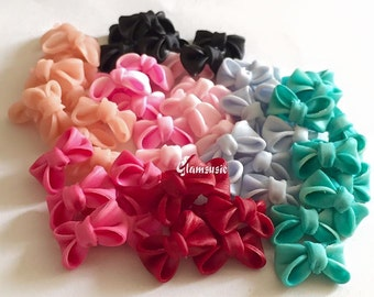 Handfolded bows