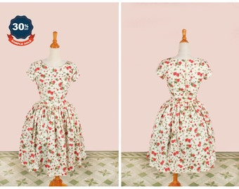 """SAMPLE SALE! Dorothy Dress """"Desert Rose"""" Red Roses and Rosebuds in Cream"""