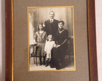 Old Photo picture frame black & white family France late nineteenth century