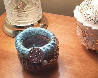 """4"""" Loom Knitting Basket Pattern for Large Gauge Loom"""
