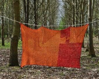 Fibonacci Crochet Granny Squares Blanket - Red and Orange - Maths Geek
