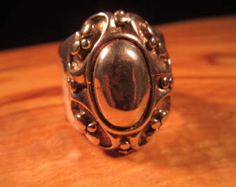 Cool Vintage Sterling Silver Ring - 7.5