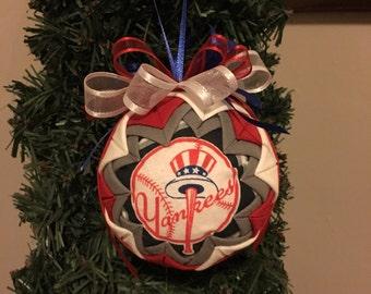 New york  yankees ornament