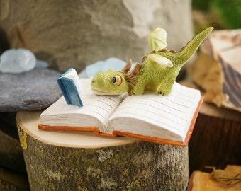 Fairy Garden  - Mini Dragon Reading - Miniature