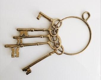 Vintage Brass Skeleton Key Ring // Wall Hanging