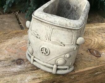 Stone VW camper van campervan planter Volkswagen garden ornament