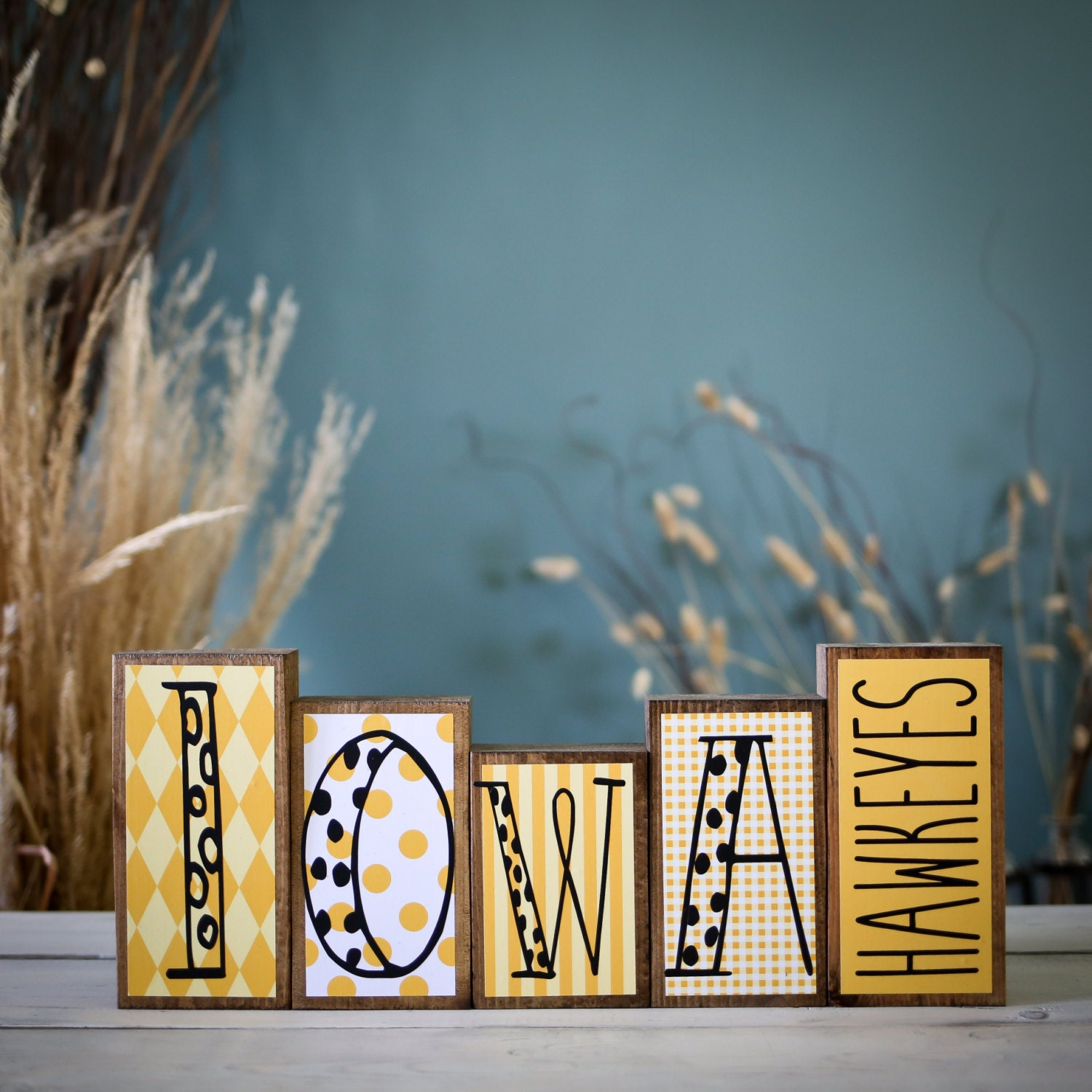 Home decor wood blocks iowa hawkeyes iowa hawkeyes for Iowa hawkeye decor