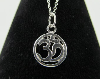 925 Sterling Silver Om/Aum Charm Necklace