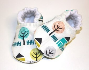 Organic House baby shoes, baby girl shoes, baby booties, organic baby, crib shoes, soft sole, baby moccs, girls, kids shoes, girl, house