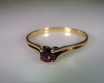 10K Gold Ring, Purple Spinel Ring, Petite Purple Ring, Stacking Ring, Spinel Stacking Ring, Promise Ring, Vintage Ring, Spinel Ring – Size 8