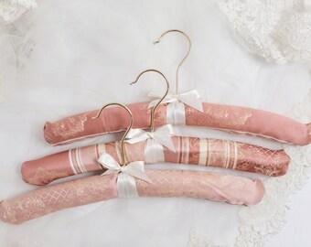 Pink and Gold Wedding Hangers, Pink Wedding Dress Hanger, Pink Bridal Hanger, Blush and Gold Padded Hangers, Blush Bridal Hangers