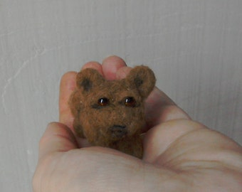 Tiny, miniature ,needlefelted brown bear