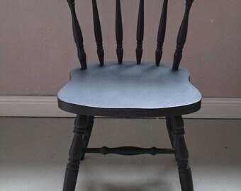 grey scandinavian chair
