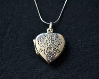 Locket Pendant, sterling silver, Silver Heart Locket, Heart Pendant, locket necklace, Anniversary Gift, Silver Locket, Photo Locket (P24)
