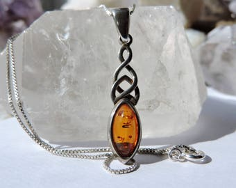Amber Necklace Sterling Silver/Amber Pendant Necklace/Fossile Pendant