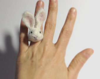 Bunny ~ Handmade needle felted ring in recycled wool. Fashion jewelry. Needle felting felt collectible gift