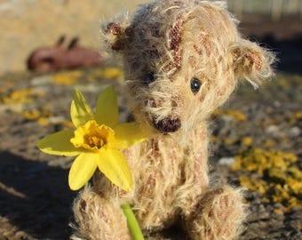 Little 'Spuggie' Mohair Artist Bear, Handmade in Orkney, Scotland