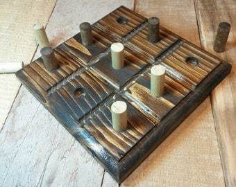 Tic Tac Toe Board, Pallet Wood Table Accent, Rustic Tic Tac Toe Board