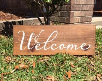 Welcome Family and Friends / Welcome Sign / Family Sign / Rustic Wood Sign