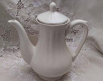 Vintage tea pot, white ironstone, classic tea pot, Mother's Day gift, china tea pot, Afternoon Tea, classic 6 cup tea pot