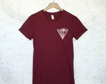 Pocket Waves T-Shirt - Summer Beach Shirt - Surfer Waves Shirt - Hipster Shirt - Tumblr Sbirt
