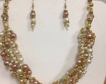 Elegant Necklace or Choker Cluster of Pearls