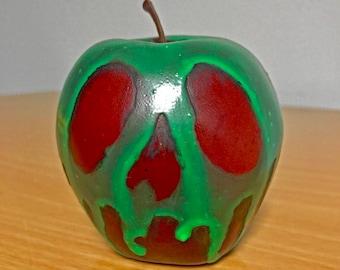 Poison Apple, Halloween Prop, Poisoned Apple, Apple Replica, Snow White Poison Apple, Snow White Cosplay, Halloween Decor, Evil Queen