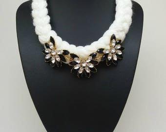 Black and white bib statement tribal short elegant crystal jcrew chunky charm necklace collar, Flower necklace,White and black, Gift for her