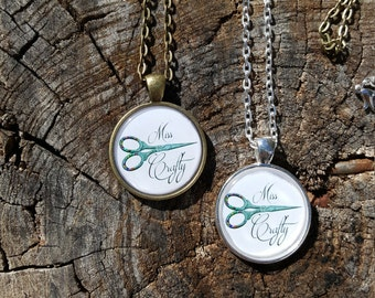 Miss crafty necklace