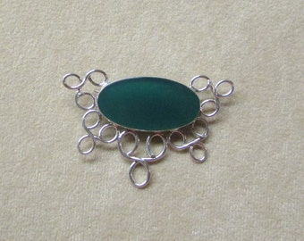 Rich Green Onyx STERLING silver Pin/Pendant with a lace-like design