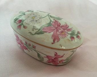 Vintage Prima Otagiri Trinket Box