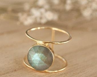Labradorite Ring * Gold Ring * Statement Ring * Gemstone Ring * Labradorite * Bridal Ring * Wedding Ring * Organic Ring * Natural * BJR048