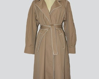 Vintage Camel Trench Coat Women's with white piping // Vintage Camel Trench Coat 70s // Vintage Camel Trench Coat // 70s