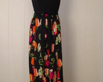Vintage dress, 1970S Asian maxi Dress, Floral dress, vintage clothing, Small