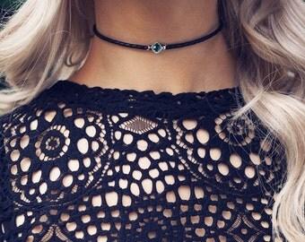 MAYA. Emerald Hiddenite Black Leather Choker in Silver