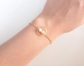 Circle bracelet, Delicate bracelet, Karma bracelet, gold filled bracelet, bridesmaid gift, pearl bracelet, Eternity bracelet, charm bracelet