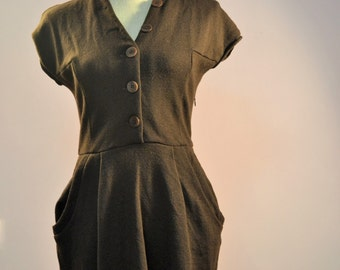 1960s French made chocolate BROWN dress  with POCKETS made by Lil pour L'ature.