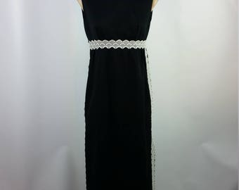 Vintage 70's Black Dress with White Lace. Sleeveless. Flower Child Boho Hippie Size Small.