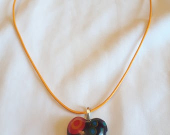 Resin heart motif of circles necklace
