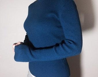 Dark BLUE turtle neck knit / sweater