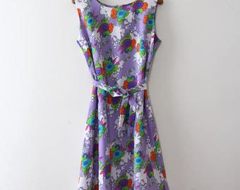 vintage 1960s floral dress // 60s purple floral shift dress