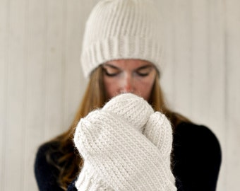 Chunky Knit Mittens / Cream
