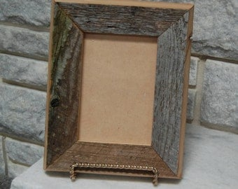 Deluxe 5x7 barn wood picture frame  (#227)