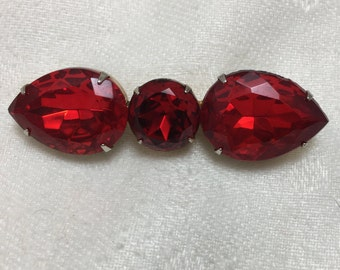 1980s' Ruby red faux stone brooch