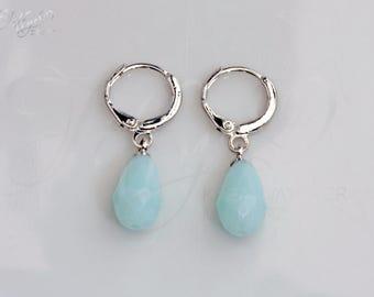 """Trendy """"Teardrop Earrings light blue"""""""