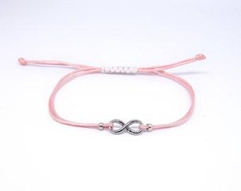 macrame bracelet in silver