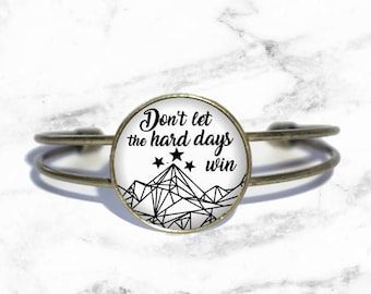 Don't let the hard days win, A Court of Mist and Fury, Thorns and Roses, Wings and Ruin Bracelet, Sarah J Maas Necklace, Keychain, Ring