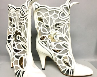 UNWORN 1980's Sacha LONDON Designer Boots / White LEATHER High Heel Boots, Gold & Silver Leather Cut Outs / size 7